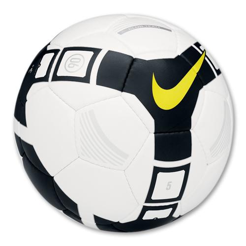 external image soccer_ball_t90_club_team_size_5.jpg